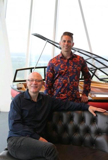 Reg Downey (tv) og Andreas Flensted gæster Kig Ind 3. maj til en fortryllende koncert.